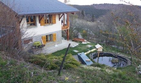 Terrasse Mélèze sur poteaux de 28m²  + escalier bois à St Bernard du Touvet (Isère - 38)