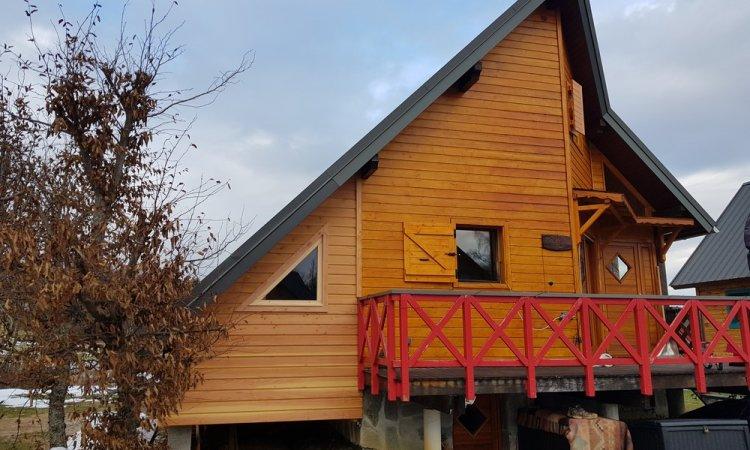 Extension en ossature bois d'un chalet nordique à La Féclaz (Savoie – 73)