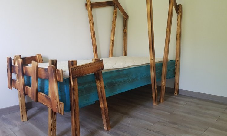 lit cabane atypique et insolite à Verel Pragondran (Savoie - 73)