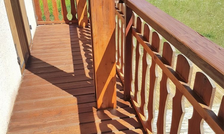 Rénovation intégrale d'un balcon en bois à Crolles (Isère – 38)